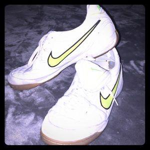 Nike athlete tennis shoes